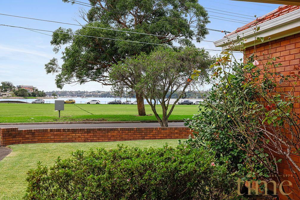 43 Nield Avenue, Rodd Point NSW