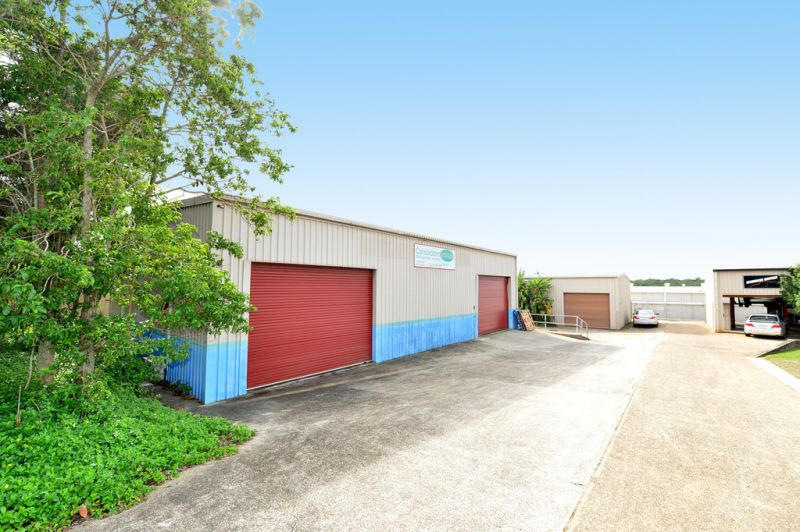 Industrial Unit In Busy Rene Street Position