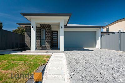Brand New Courtyard Home