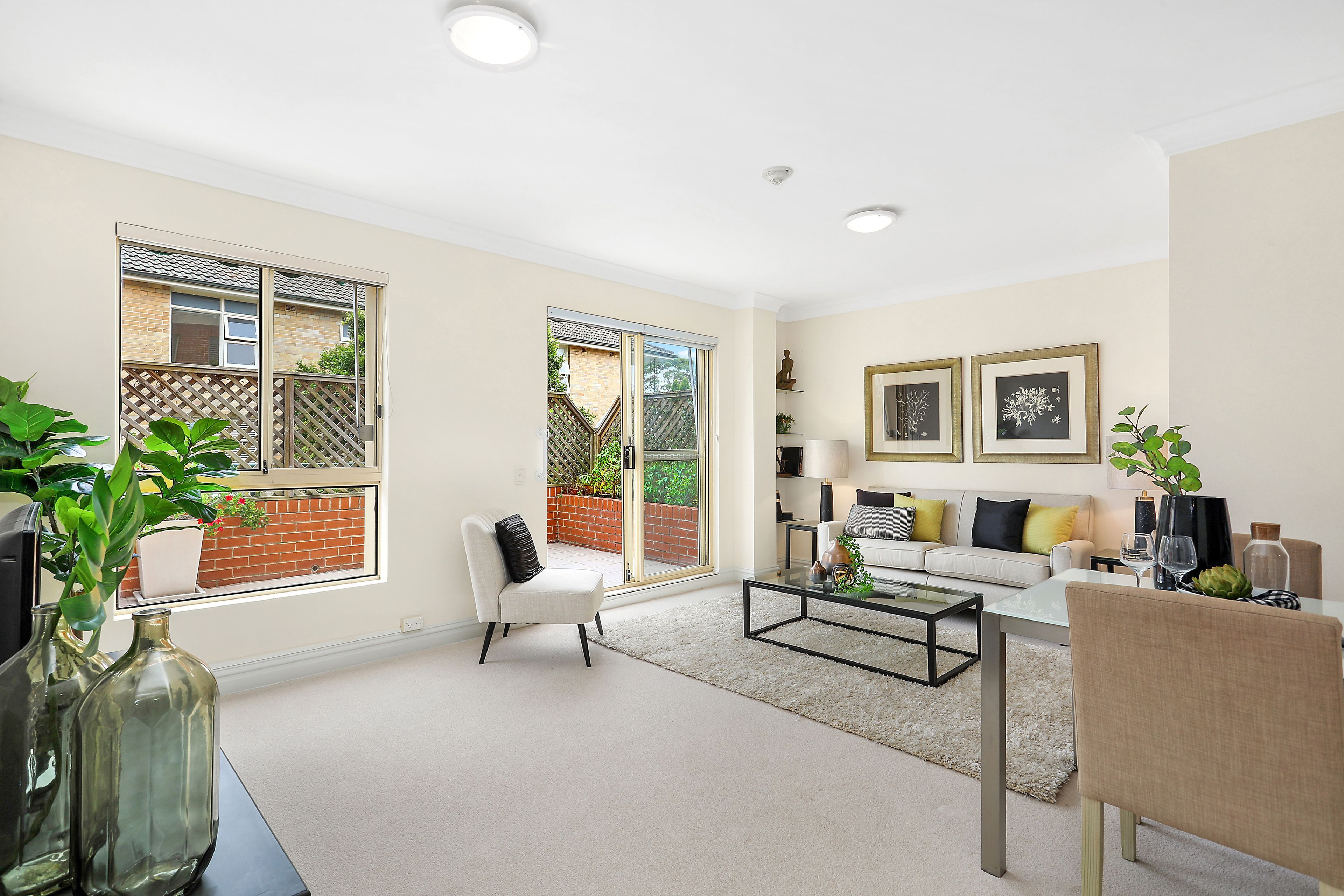 16/69 Bradleys Head Road, Mosman