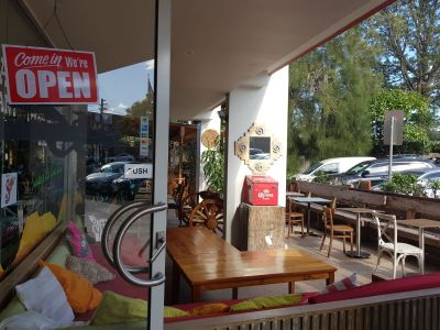 Busy Mexican Restaurant, Business & Lease for sale