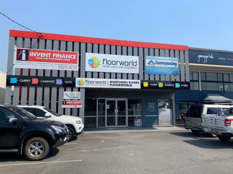 Showroom or Office in High Traffic Area