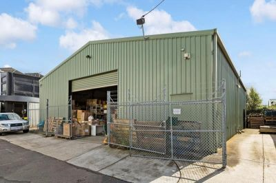 WAREHOUSE/STORAGE SUITABLE FOR A VARIETY OF BUSINESS'