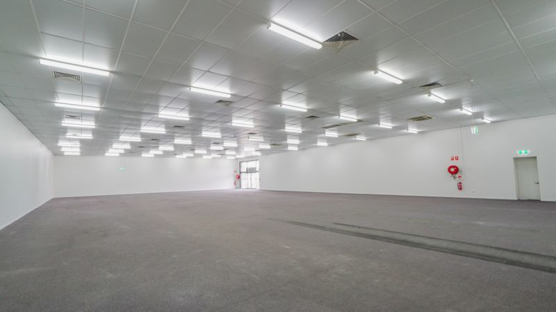 Showroom with Excellent Exposure to Gympie Road, Strathpine