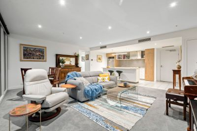 A Tower 4 superstar with sensational views and superb space