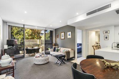 Designer ground-floor apartment with resort-inspired facilities