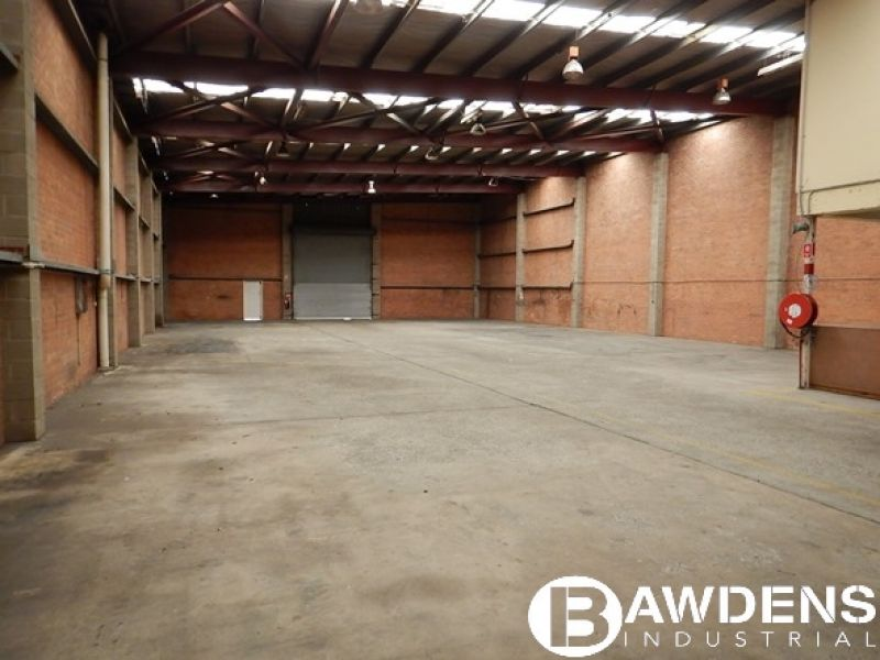 Strategically Located High Clearance Warehouse. Minutes from M2 Motorway and Cumberland Hwy.
