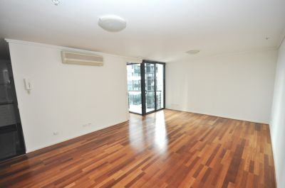 Southpoint: 21st Floor - Floorboards Throughout! L/B
