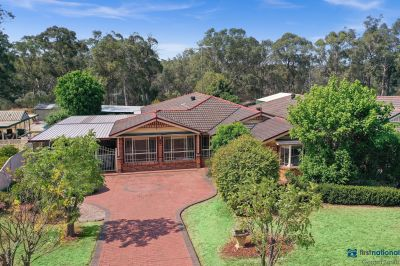 Quality 5 Bedroom Family Home !