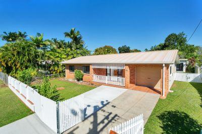 Separate Self Contained Unit + Family Living - The Dream Combination