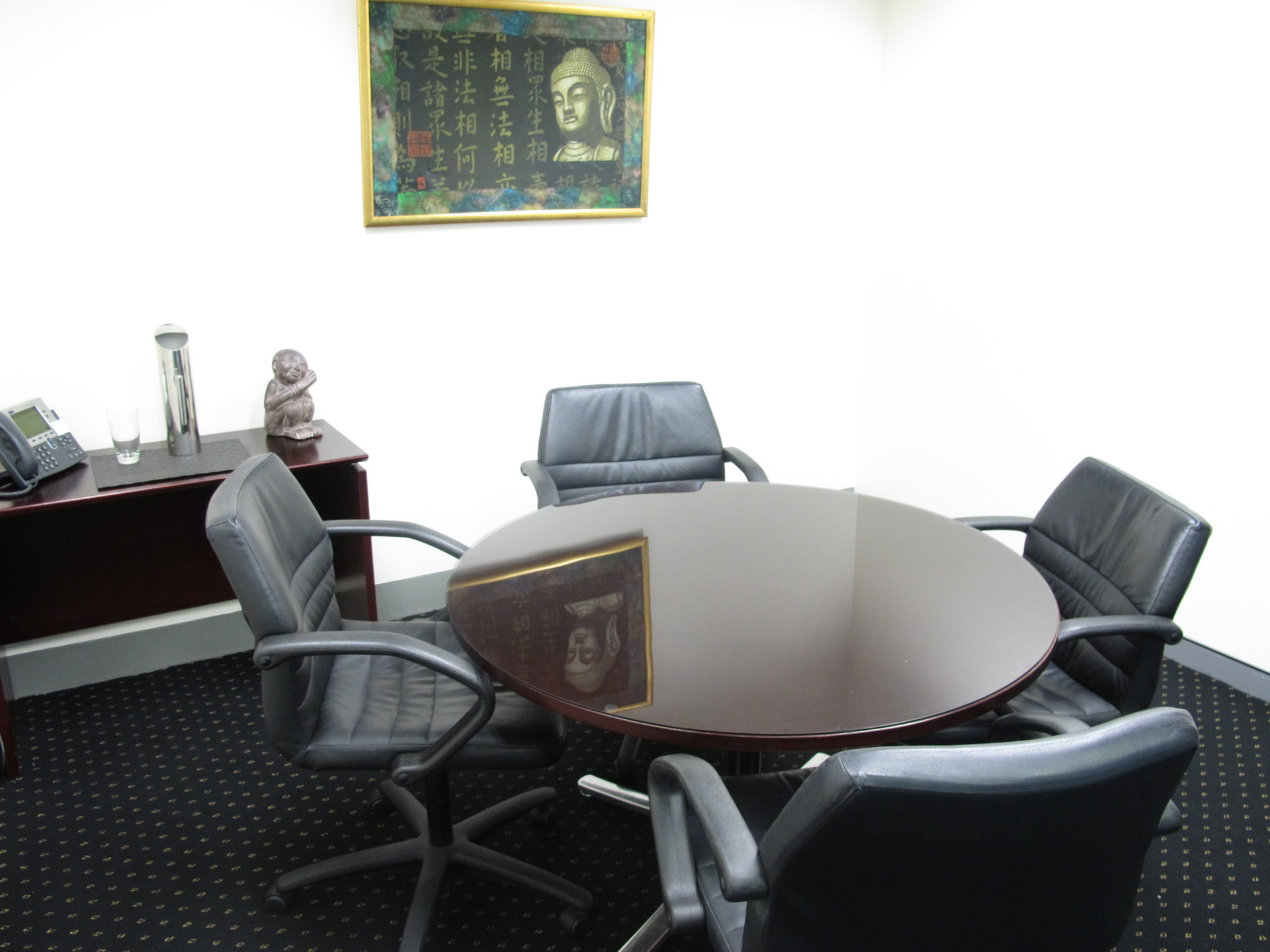 2 PERSON OFFICE LOCATED IN SYNDEY WITH AMAZING VIEWS