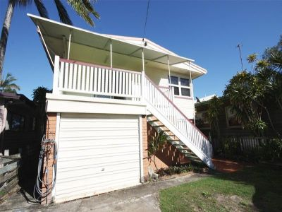 Dual Living in Miami - Great Walk to Beach Location