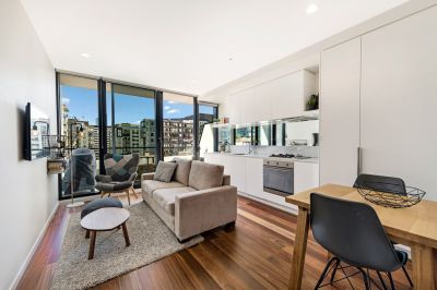 Essence: Furnished One Bedroom Apartment with Stunning View!