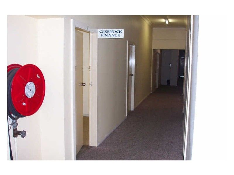 First floor suite on bustling Vincent Street Cessnock