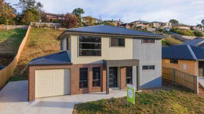 Suit new home buyer