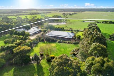 Bellbrae/Freshwater Creek Region    Baroka Park - Perfect hobby farm lifestyle
