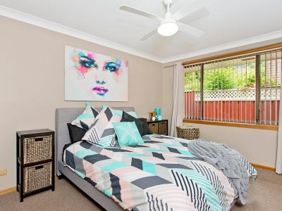 22, Merinda Dr, PORT MACQUARIE - Julie Fullbrook