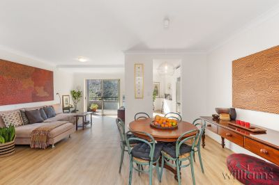 Sunny Villa-Like Apartment in Abbotsford Cove