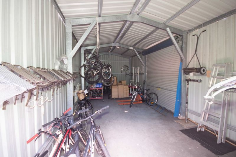 Retail Shop / Showroom to Lease -  UNDER OFFER
