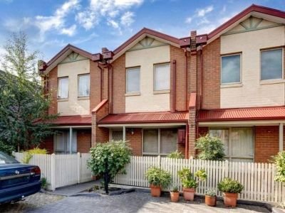 2 Bedroom Townhouse in the heart of Footscray