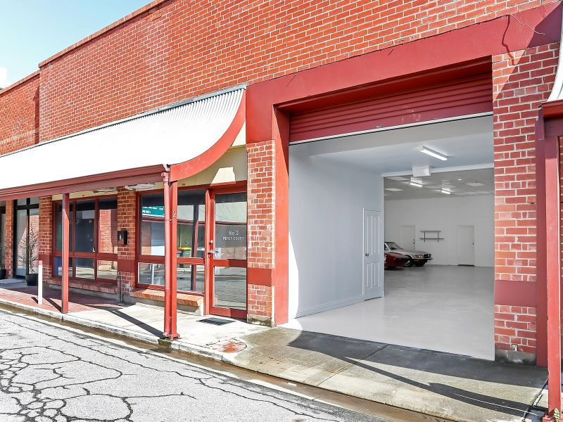 Fantastic warehouse posing a unique opportunity in a prime location