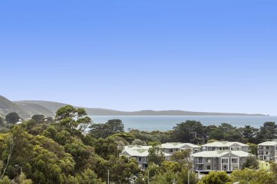 CHALET LIVING IN CENTRAL LORNE
