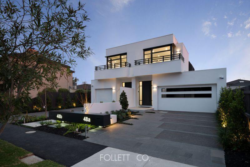 A Bespoke Residential Masterpiece In Elegance & Artful Living