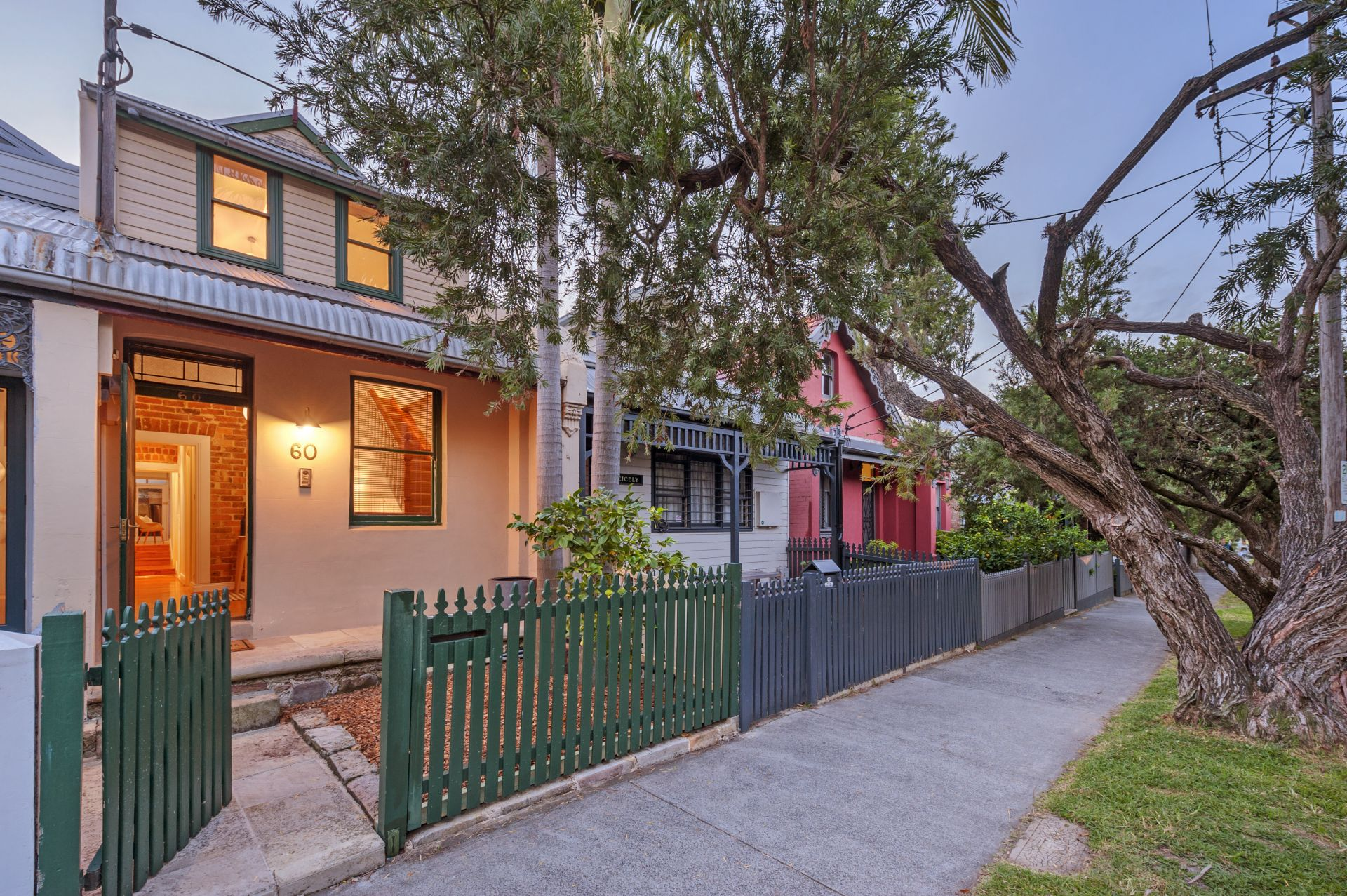 60 Taylor Street, Annandale