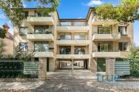 COSY APARTMENT NESTLED IN THE HEART OF ANNANDALE