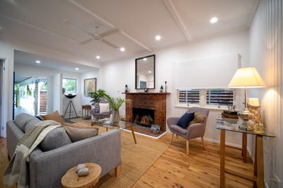 Renovated Beach House with Dual Living