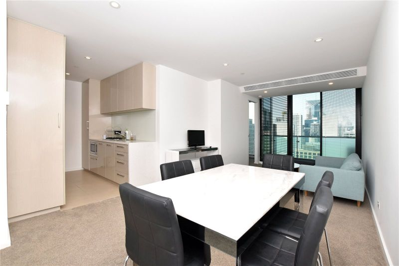 Melbourne One: Near New Fully Furnished Two Bedroom Apartment with Brilliant Facilities!