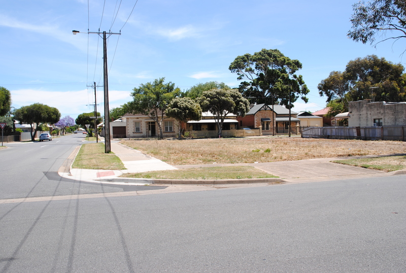 For Sale By Owner: 16 Third Ave, Cheltenham, SA 5014
