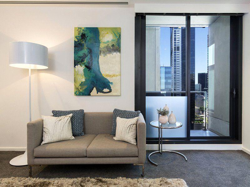 Southbank Grand: Convenient Cosmopolitan Lifestyle!