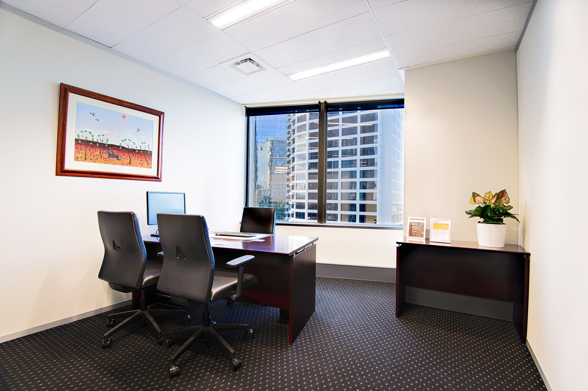 DISPLAY YOUR BUSINESS OFFICES IN A MOST RENOWNED ADDRESS IN BRISBANE