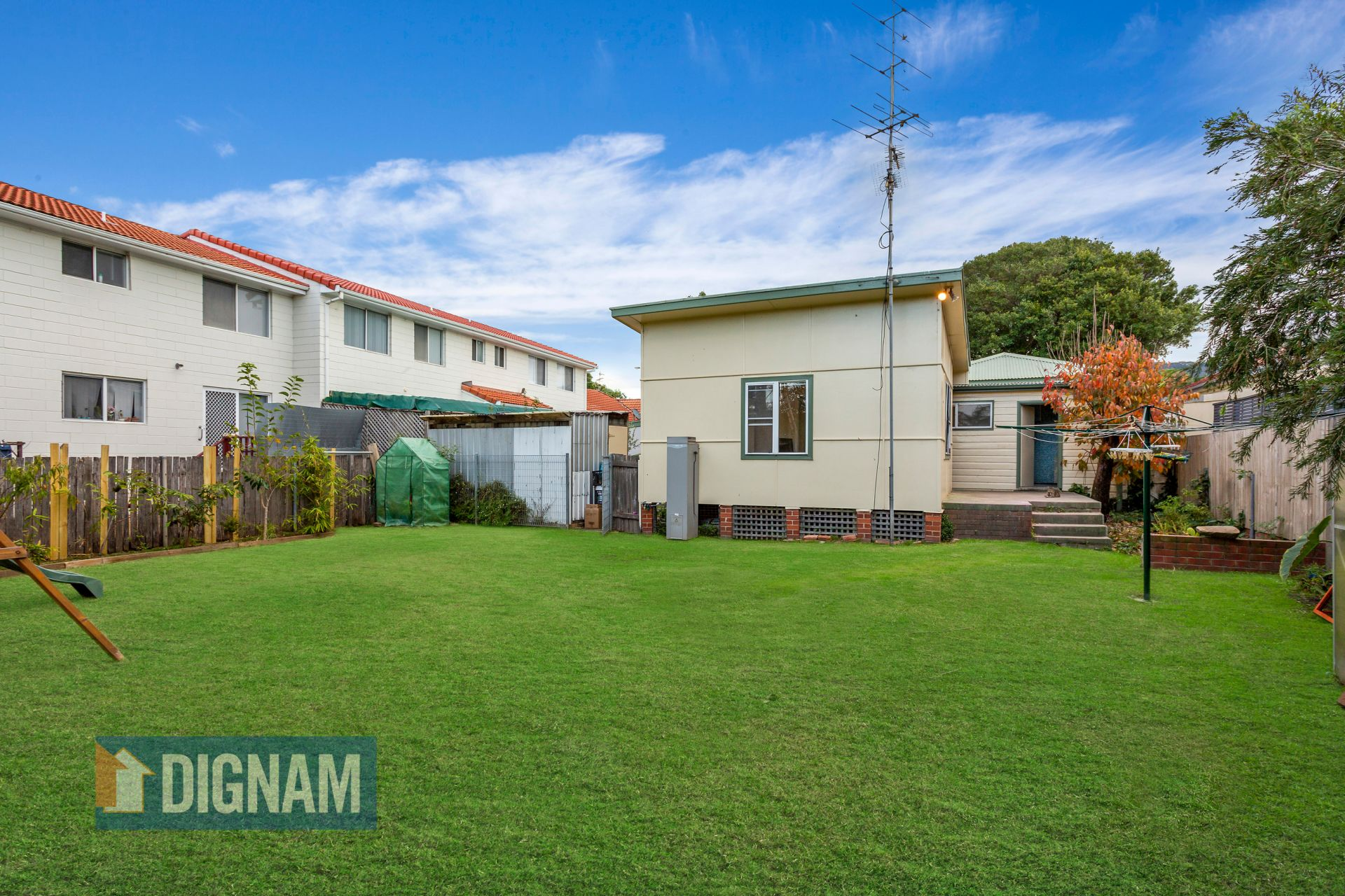 11 Pioneer Road, Bellambi NSW