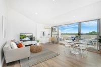 21/100 Williams Street, Five Dock
