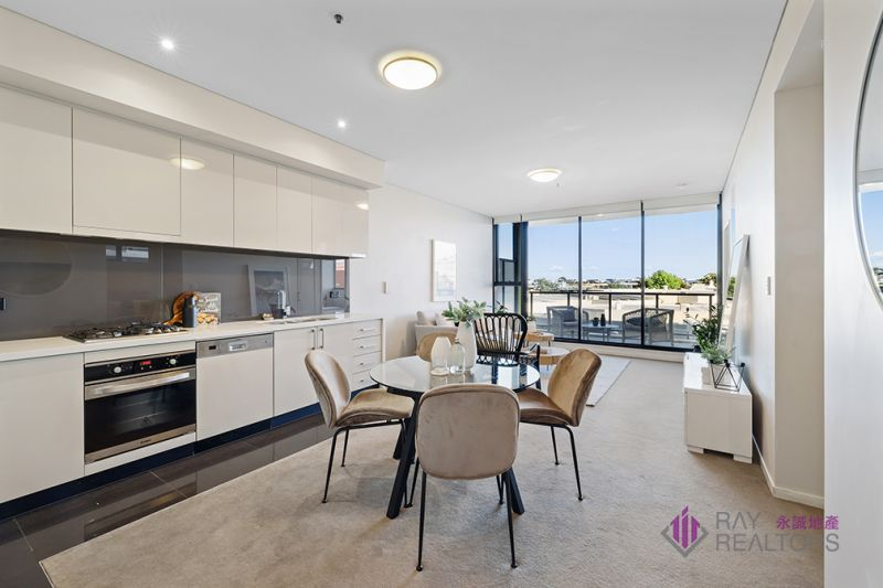 Modern and spacious two bedroom apartment in Emerald Park
