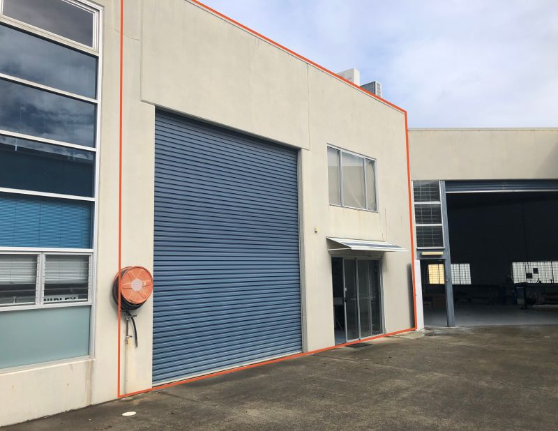OFFICE/WAREHOUSE LOCATED IN A BOUTIQUE INDUSTRIAL COMPLEX