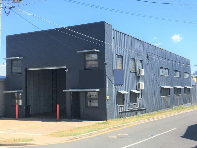 410sqm Freestanding Warehouse/Office With Parking