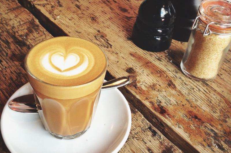 CAFÉ IN NORTH MELBOURNE, CHEAP RENT,NO KITCHEN SIMPLE MENU