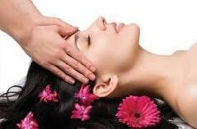 Busy Massage Shop in Southland – Ref: 14636