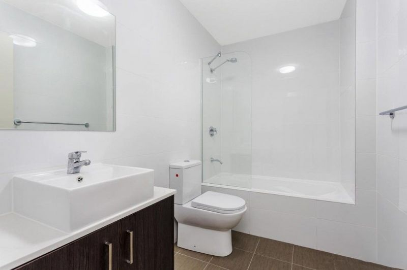 For Sale By Owner: 212/3 Weston Street, Rosehill, NSW 2142
