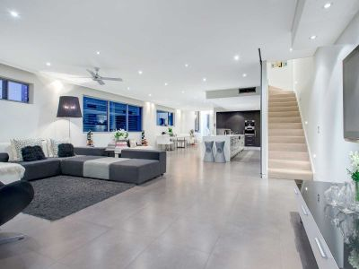 Boutique Penthouse Residence - Exceptional Luxury