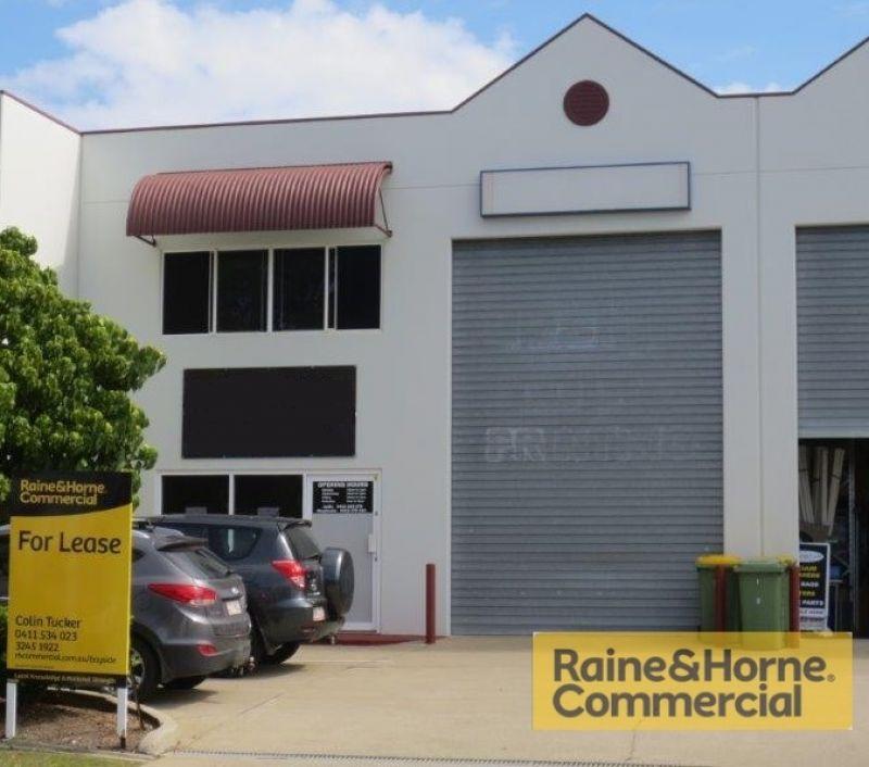 122sqm High Profile Showroom / Warehouse - Location! Location!