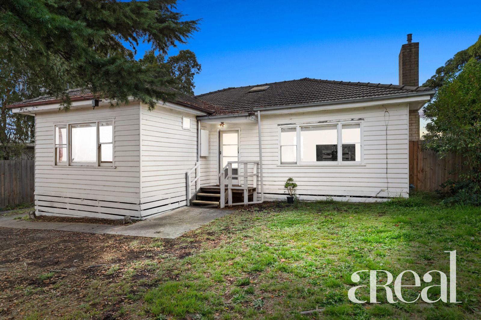 10 Ash Grove, Bayswater VIC 3153