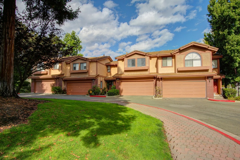 Intimate Gated Community Home!
