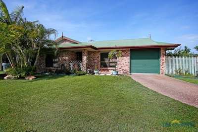 REDUCED BY $15,000 GREAT VALUE+ 22 SOLAR PANELS+ HUGE IN-GROUND POOL- OFFERS PLEASE!!