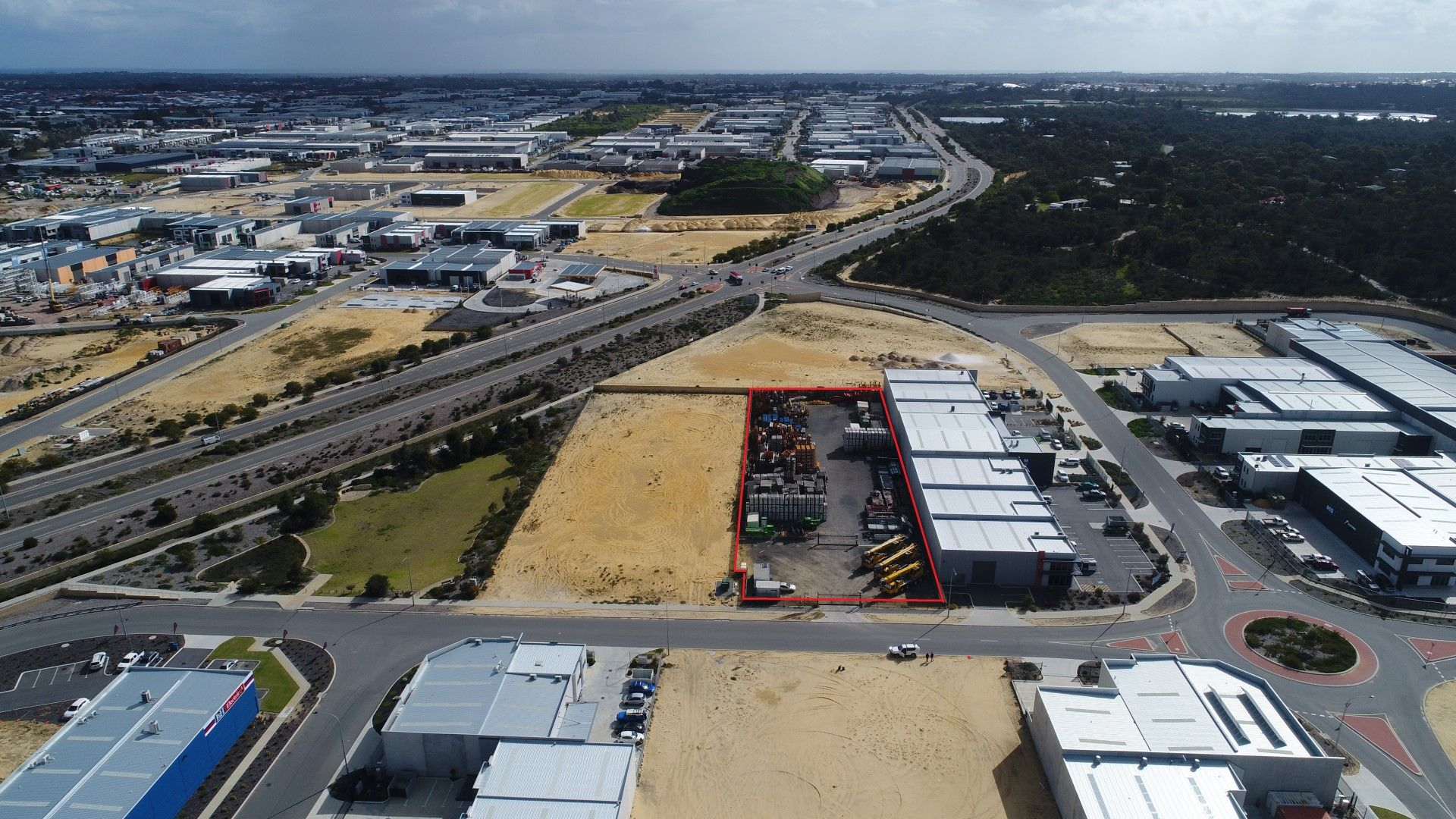 PRIME INDUSTRIAL LOT – OCCUPY, DEVELOP, INVEST