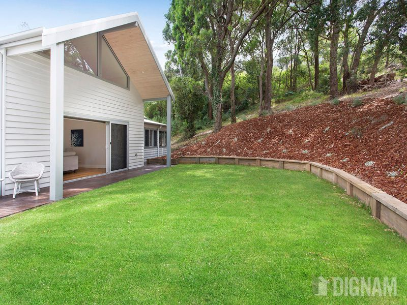 13 Gifford Street, Coledale NSW