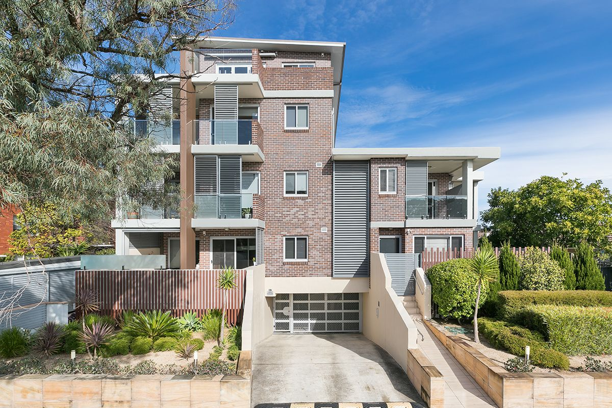 B7/145-147 Russell Avenue DOLLS POINT 2219